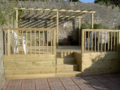 Decking Fencing & Pergolas - C01