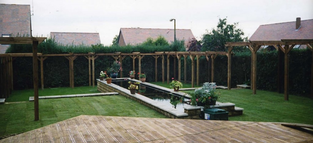 Decking Fencing & Pergolas - I01
