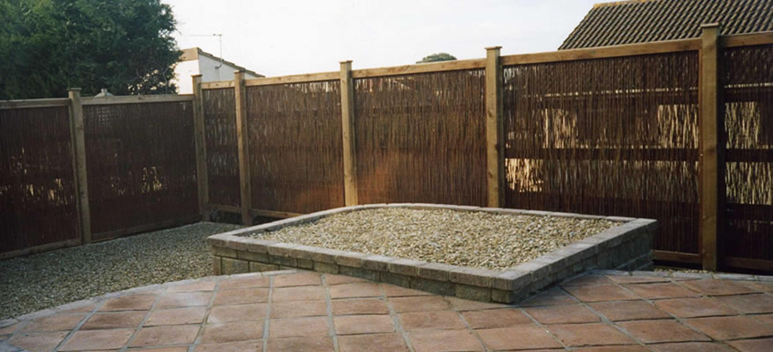 Decking fencing pergolas j01 pa sloan garden for Garden decking and fencing