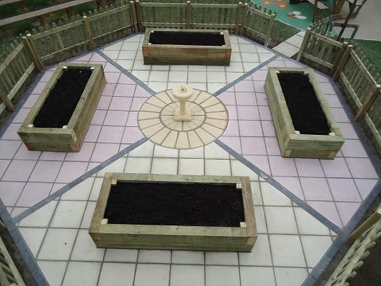 Garden Patio & Paving - 2W01
