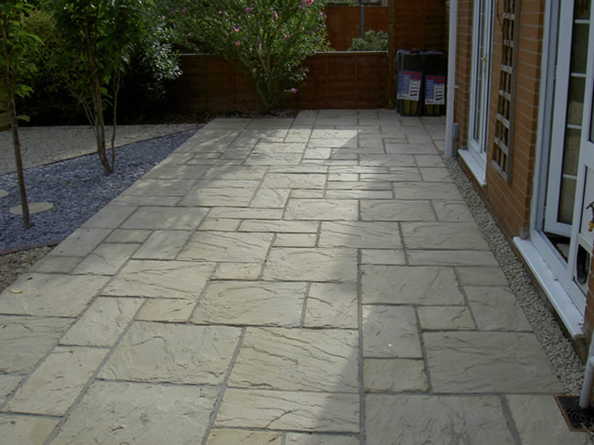 Driveways patio paving s01 pa sloan garden for Paved garden designs