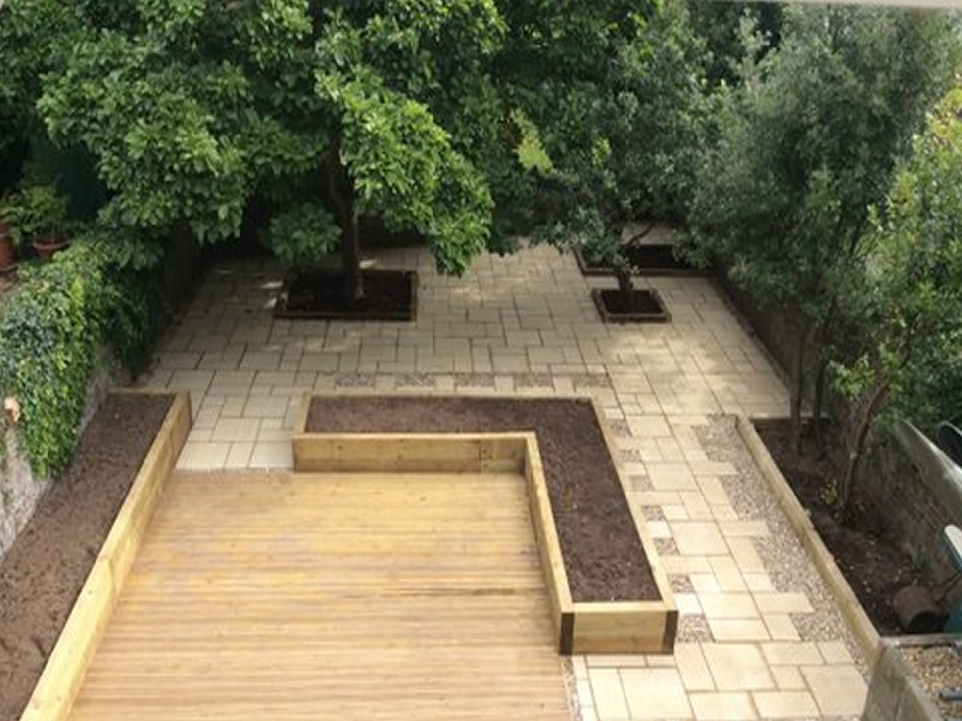 Garden patio patio garden target patio pathway for Paving ideas for small gardens