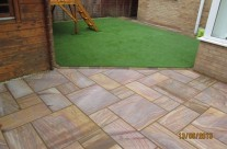 Garden Patio & Paving – 2Z01