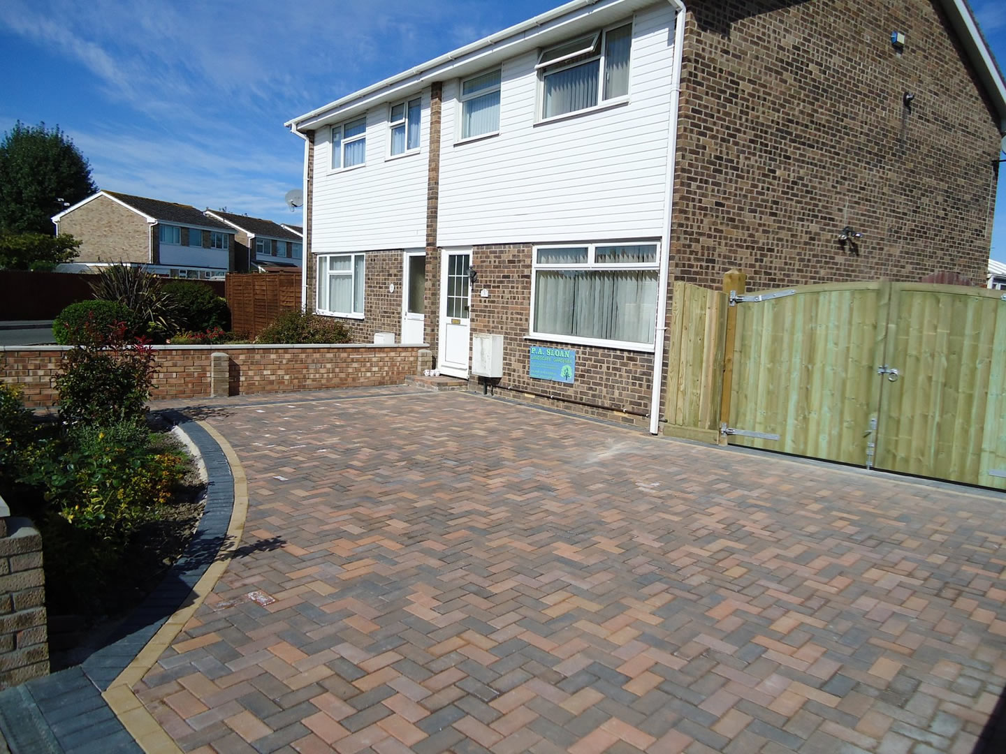 Garden Patio & Paving - 3S01