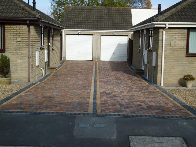 Garden Patio & Paving – 3T01