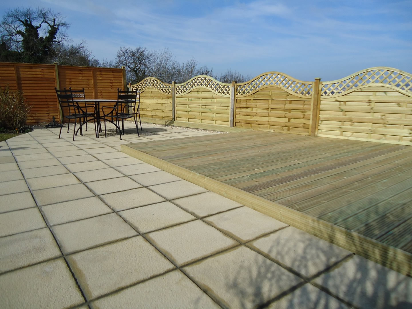 Garden Patio & Paving - 3V01