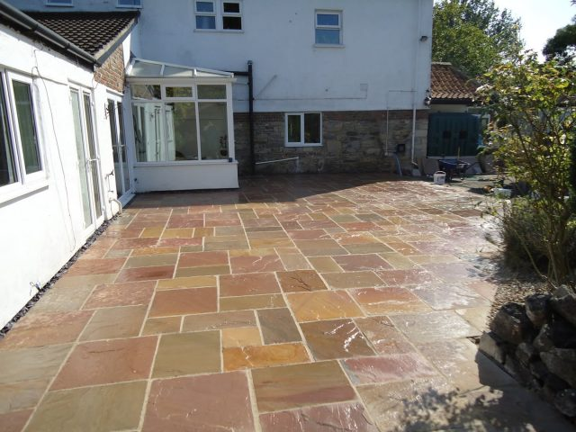 Garden Patio & Paving – 4I01