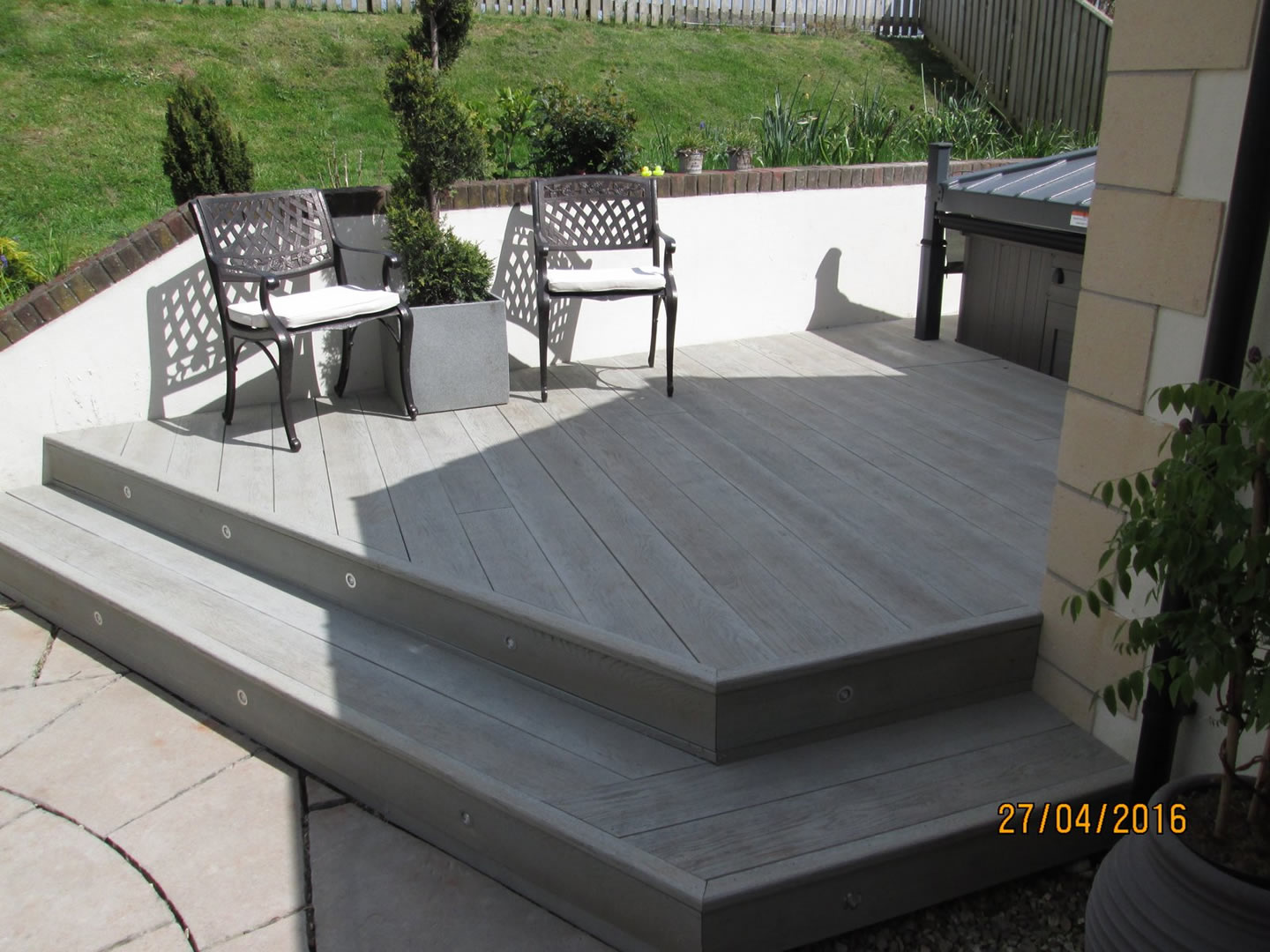 Garden Patio & Paving - 4O01