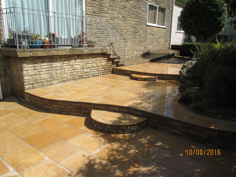 Garden Patio & Paving - 4P01