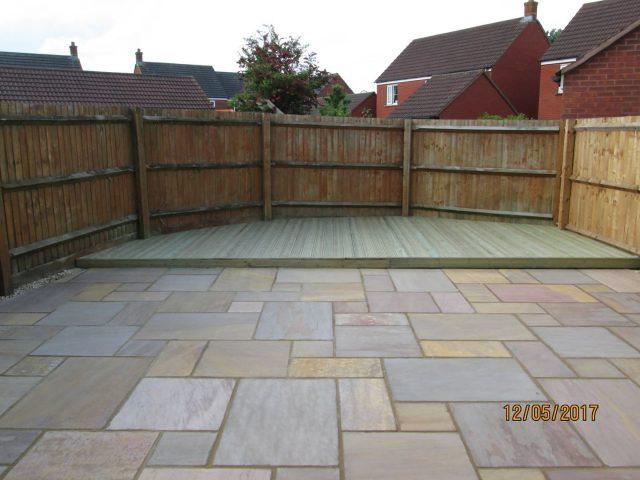 Garden Patio & Paving – 4S01