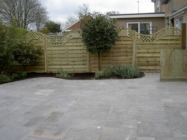 Garden Patio & Paving – 4Z01